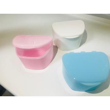 Контейнеры для зубных протезов